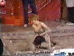 titanic toni kessering mud-wrestling - 80s
