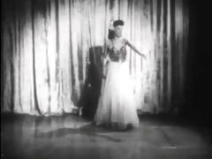 vintage stripper film - sandra mighty midget