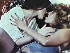 lesbo peepshow loops 626 70s and 80s - scene 3